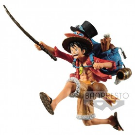 Figura Monkey D. Luffy Three Brothers One Piece 11cm